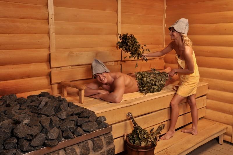 seks-video-russkih-v-saune